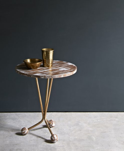 CONTINENTAL_SIDE_TABLE_017