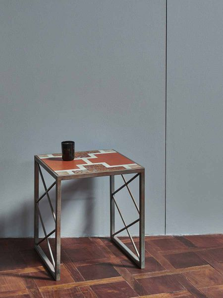 HATCH_END_TABLE_006-450x600