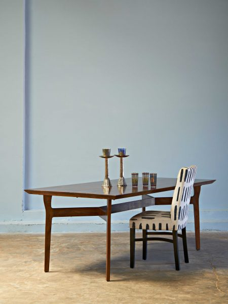 ITALIAN-DINING-TABLE-ACACIA_001