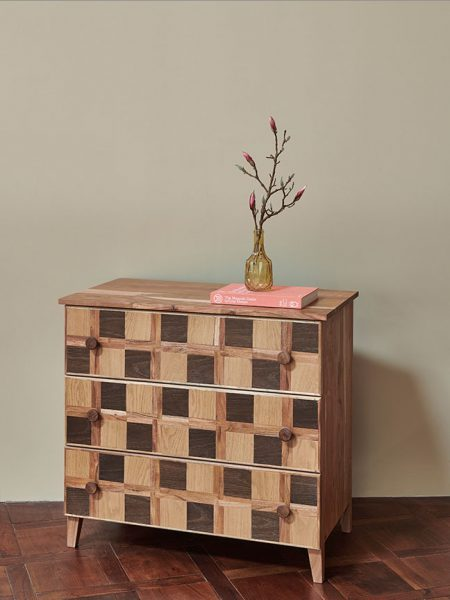 KATE_CHEST_OF_DRAWERS_003-450x600
