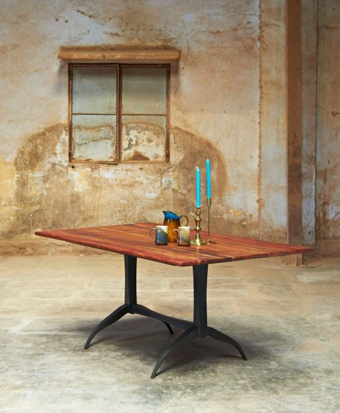 METAL-BASE-DINING-TABLE-WITH-ACACIA-TOP_001