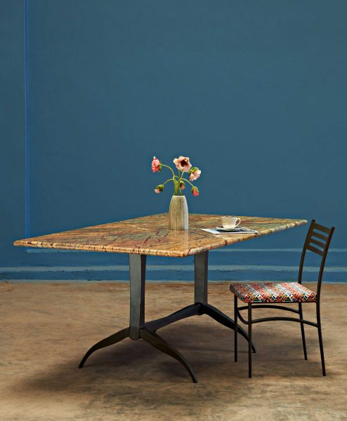 METAL-BASE-DINING-TABLE-WITH-MARBLE-TO_001