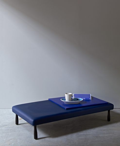 PLATFORM_BENCH_wide_BLUE_004