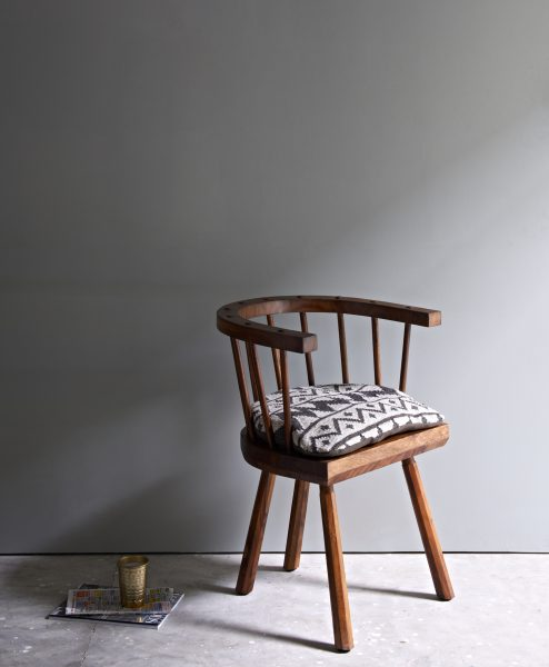 WELSH_RUSTIC_DARK_WINDSOR_DINING_CHAIR_ARM_001